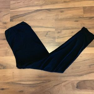 LuLaRoe TC black leggings